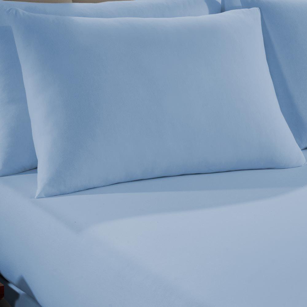 fronha azul claro